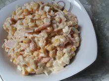 Sałatka z selera i kukurydzy