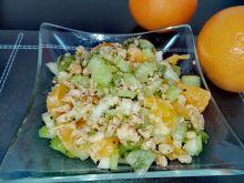 Sałatka z selera naciowego i pomarańczy
