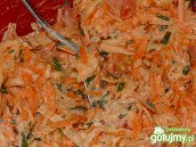 Sałatka z selerem i marchewką