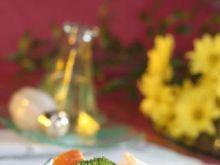 Sałatka z serem feta i brokułami