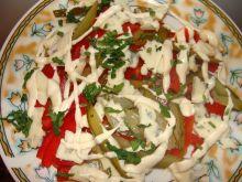 Sałatka z serem lazur