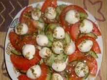 Sałatka z serem Mozarella