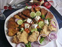 Sałatka z sezamowym kurczakiem- walentynkowa