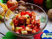 Sałatka z śledziem w pomidorach