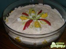 Sałatka z sosem czosnkowym 2