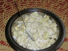 Sałatka z tortellini i ananasem 3