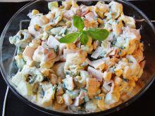 Sałatka z tortellini tricolore