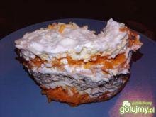 Sałatka z tuńczyka i marchwi oraz jaj