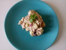 Sałatka z tuńczyka i świeżego ogórka