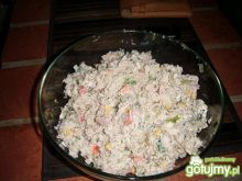 Sałatka z tuńczyka z ryżem .