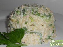 Sałatka z tuńczykiem i fasolką szparagow