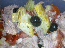 Sałatka z tuńczykiem i karczorem