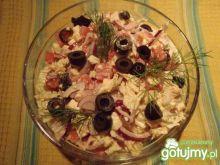 Sałatka z tureckim serkiem solankowym
