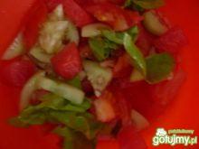 Sałatka z warzyw i owoców