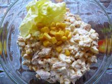 Sałatka z wędzonym kurczakiem