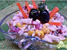 Sałatka z wędzonym kurczakiem zewy