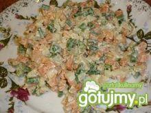 Sałatka z wędzonym łososiem 5