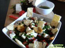 Sałatka z wędzonym tofu
