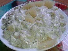Sałatka z ziemniaków i ananasa