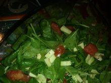 Sałatka ze szpinaku i awokado