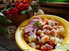 Sałatka ziemniaczana z cieciorką