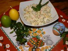 Sałatka ziemniaczana z kukurydzą i jabłkiem
