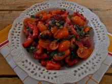 Salsa pomidorowo-truskawkowa ze szczypiorkiem