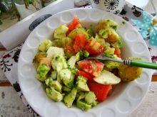 Sałatka z młodych ziemniaków i mozzarelli
