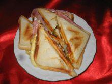 Sandwicz z chlebka tostowego