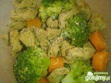 Schab musztardowy parzony z warzywami