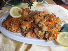 Schab pieczony w cebuli i marchewce