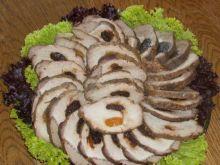 Schab pieczony ze śliwkami i morelami :