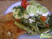 Schab, szparagi, ziemniaki i mizeria