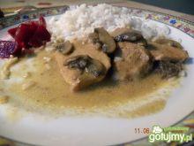 Schab w sosie pieczarkowym z ryżem