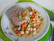 Schab z marchewką i groszkiem