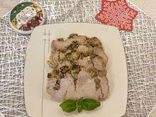 Schab z pieczarkami i pastą ziołowo-czosnkową