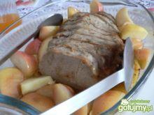 Schab zapiekany z jabłkami