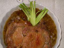 Schabowe  w sosie miętowo-jabłkowym