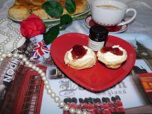 Scones - ulubione bułeczki Królowej Elżbiety