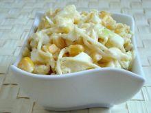Selerowa sałatka z ananasem