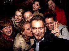 Selfie Amaro z uczestniczkami Hell's Kitchen