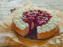 Sernik czekoladowy z frużeliną wiśniową