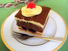 Sernik czekoladowy z wiśniami z nalewki