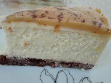 Sernik dyniowy z pomarańczowo - karmelową glazurą