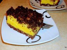 Sernik na kakaowym spodzie z ciastek