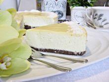 Sernik z białą czekoladą i kokosem