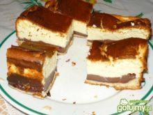 Sernik z budyniem czekoladowym 2