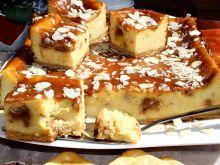Sernik z krówkami pieczony na krakersach