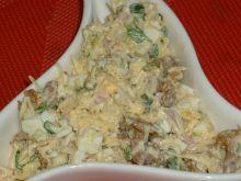 Serowa sałatka z kurkami