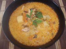Serowa zupa z kurczakiem